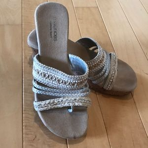 Maurices Cork Wedge Sandal Size 8M